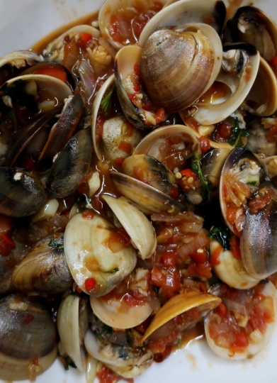 Clams in chili sauce 19th St