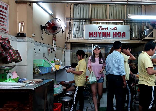 Ngynh Hoa Banh Mi