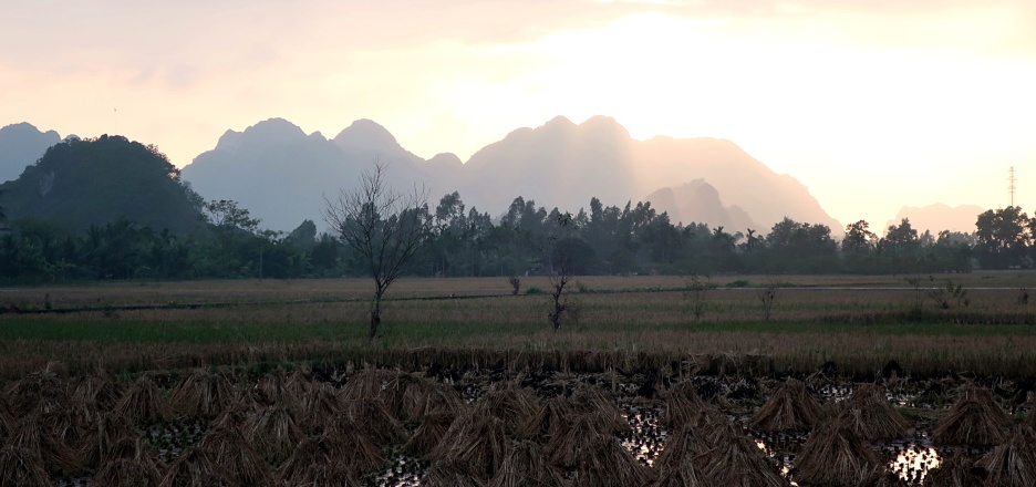 The view of the hills from Yen Duc