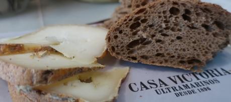 Tot de Poble - Raw Sheep milk from Castillon